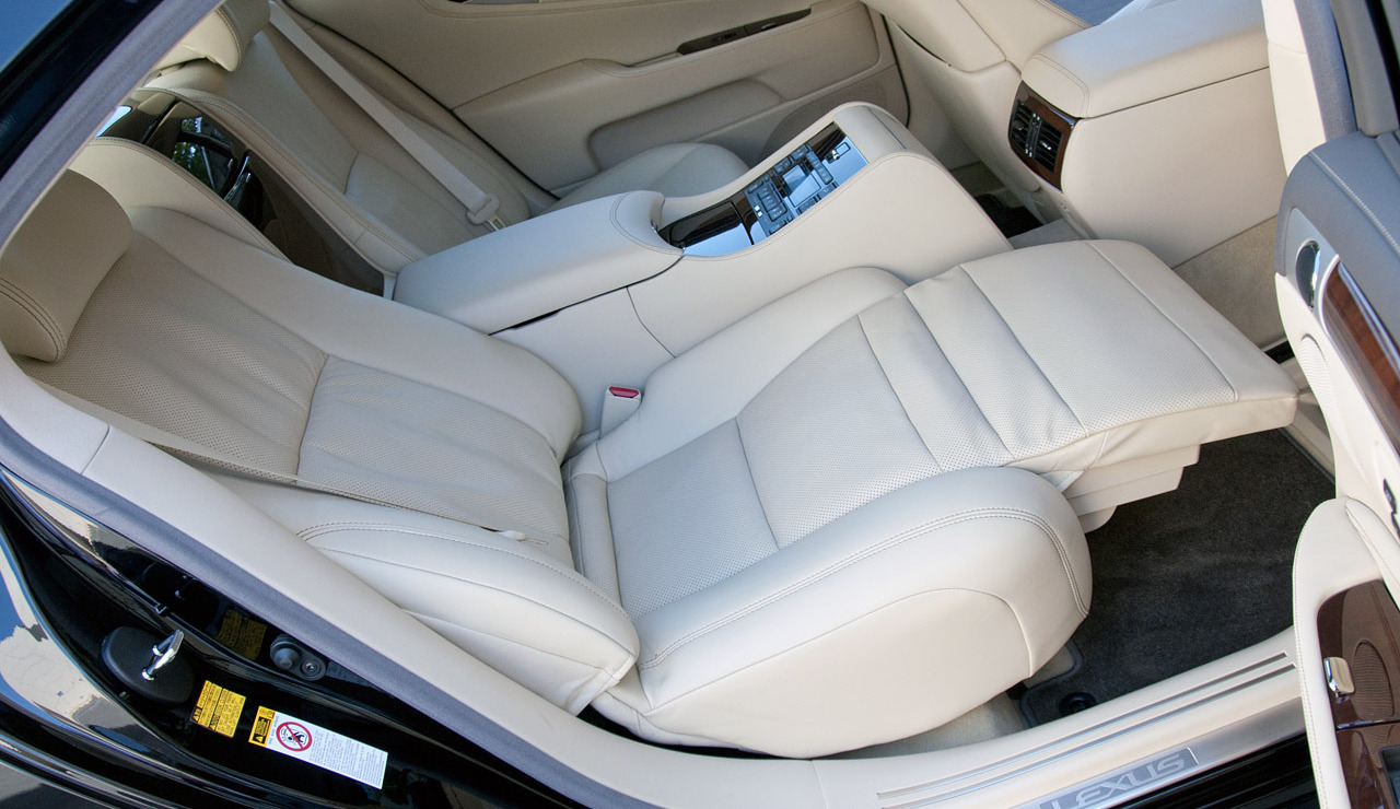 Luxury Cars With Reclining Rear Seats