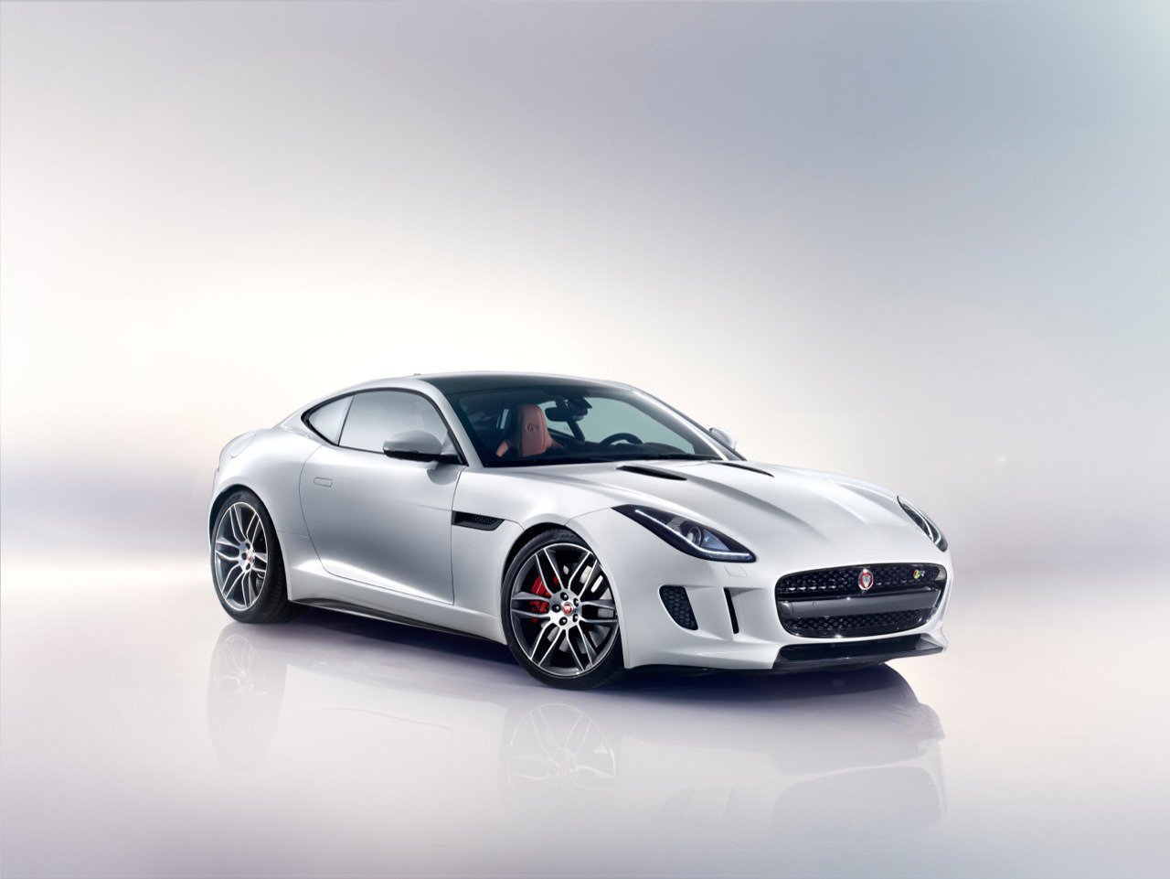 2015 jaguar f type coupe photos