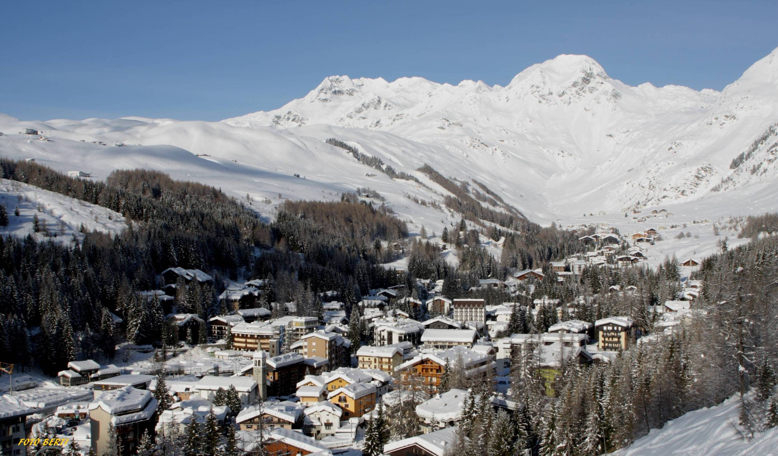 Madesimo Italy  city images : Ski holidays: Winter 2014 updates from slopes, hotels and chalets ...
