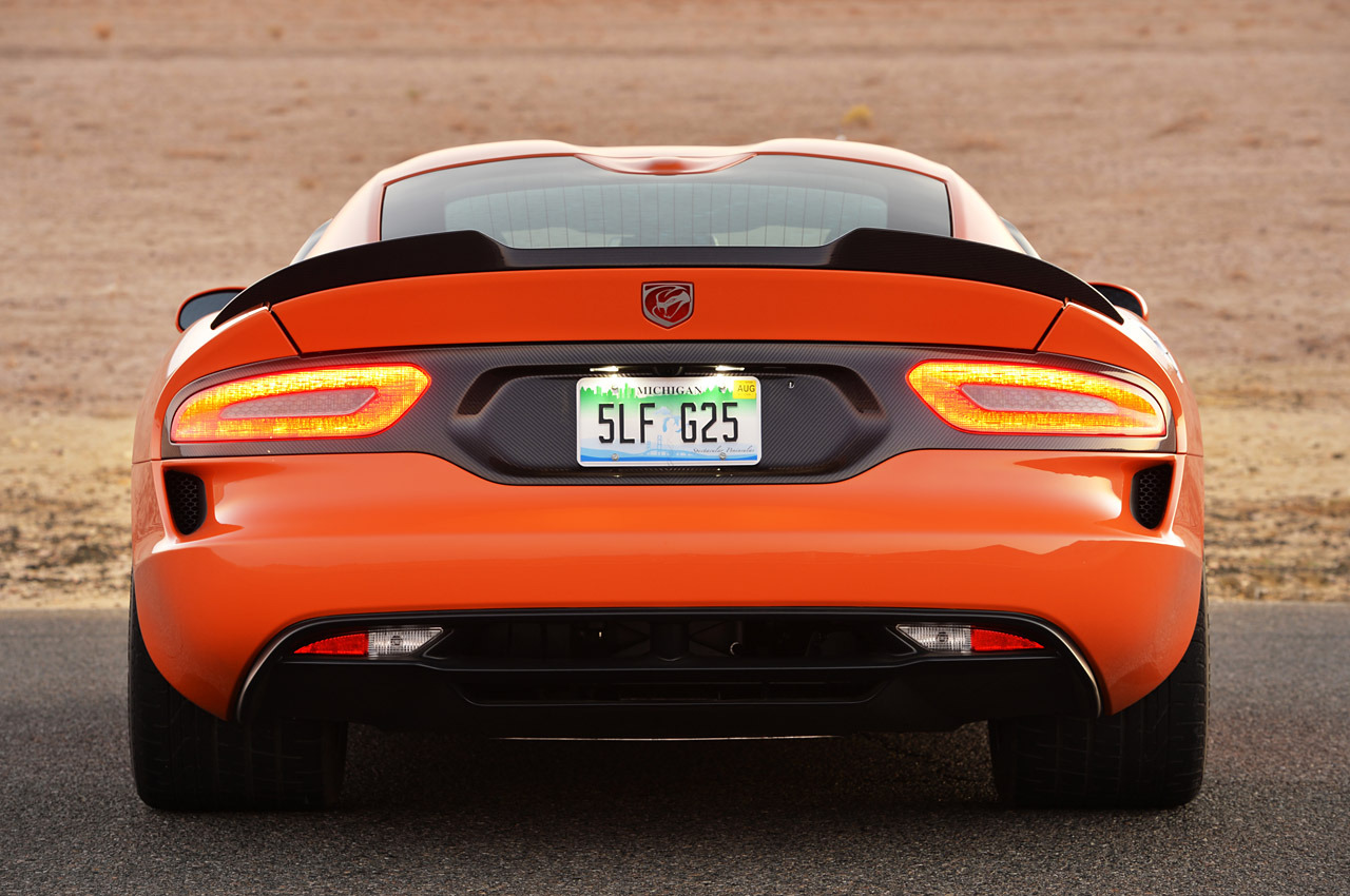 http://www.blogcdn.com/slideshows/images/slides/157/380/3/S1573803/slug/l/20-2014-srt-viper-ta-fd-1.jpg