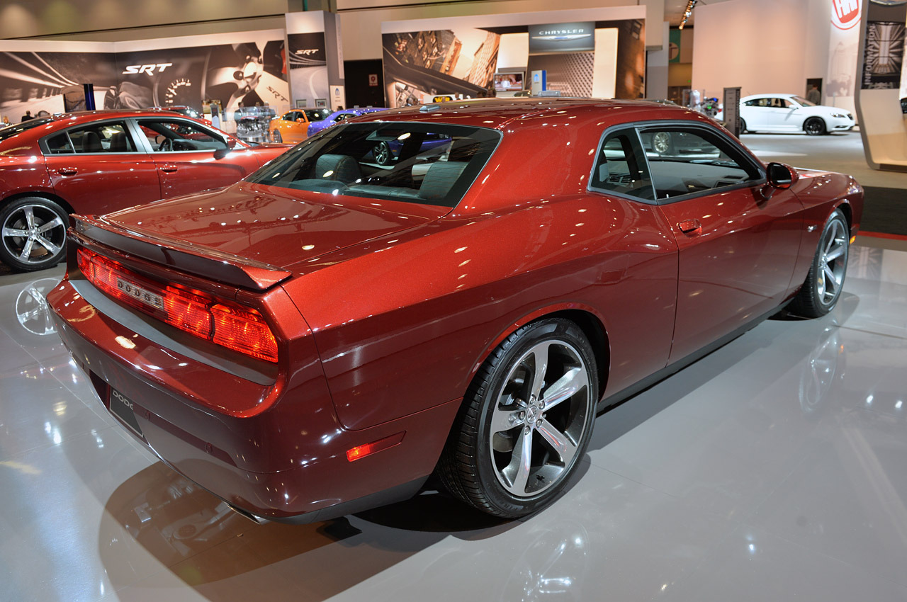 http://www.blogcdn.com/slideshows/images/slides/158/176/2/S1581762/slug/l/04-dodge-challenger-100th-la-1.jpg