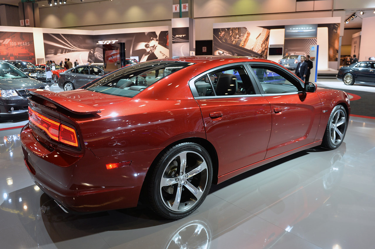 http://www.blogcdn.com/slideshows/images/slides/158/177/4/S1581774/slug/l/04-dodge-charger-100th-la-1.jpg