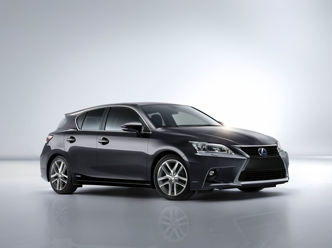 2014 lexus ct200h photo gallery autoblog. Black Bedroom Furniture Sets. Home Design Ideas