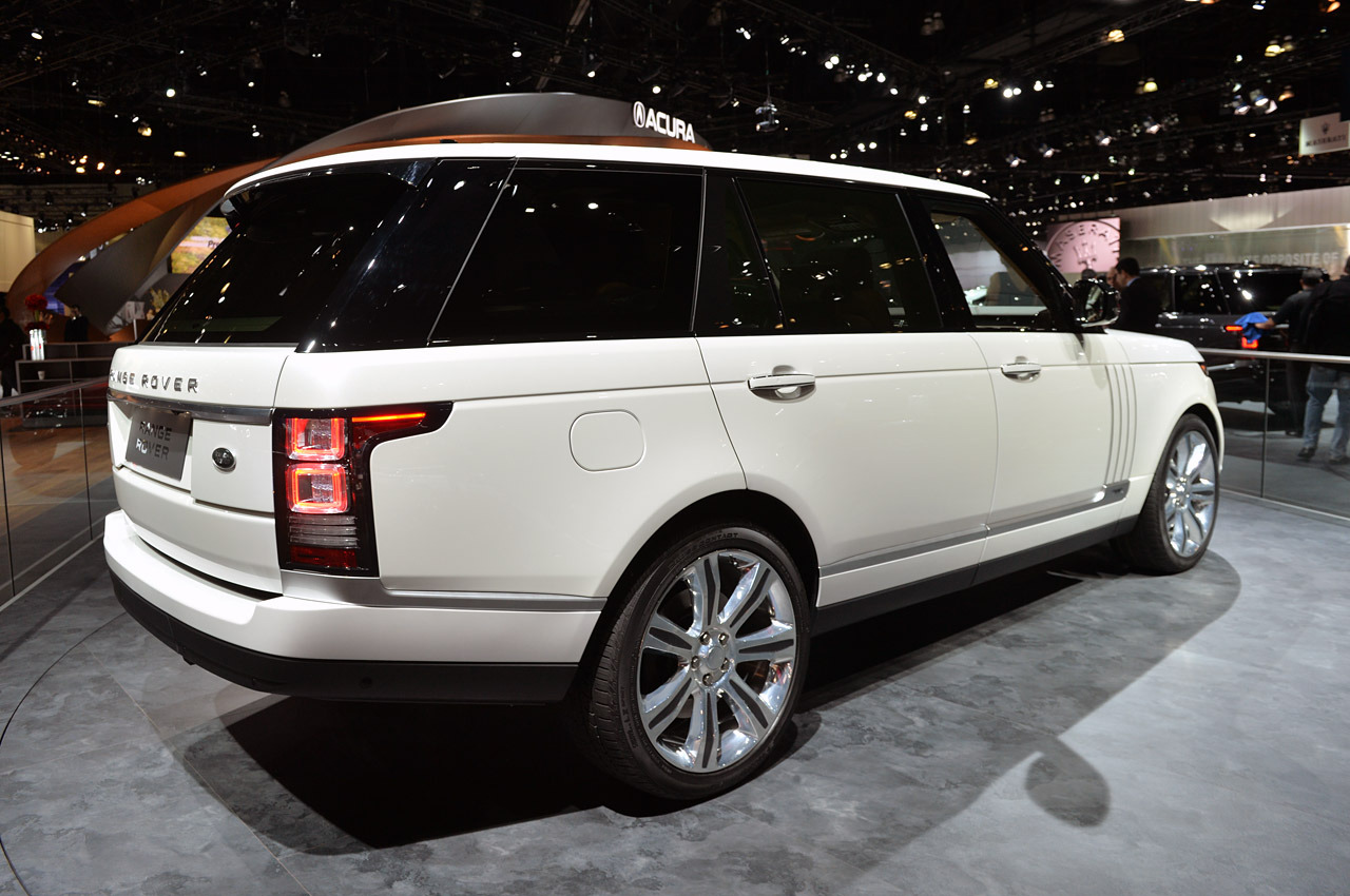 2014 land rover range rover autobiography black la 2013 photo gallery autoblog. Black Bedroom Furniture Sets. Home Design Ideas