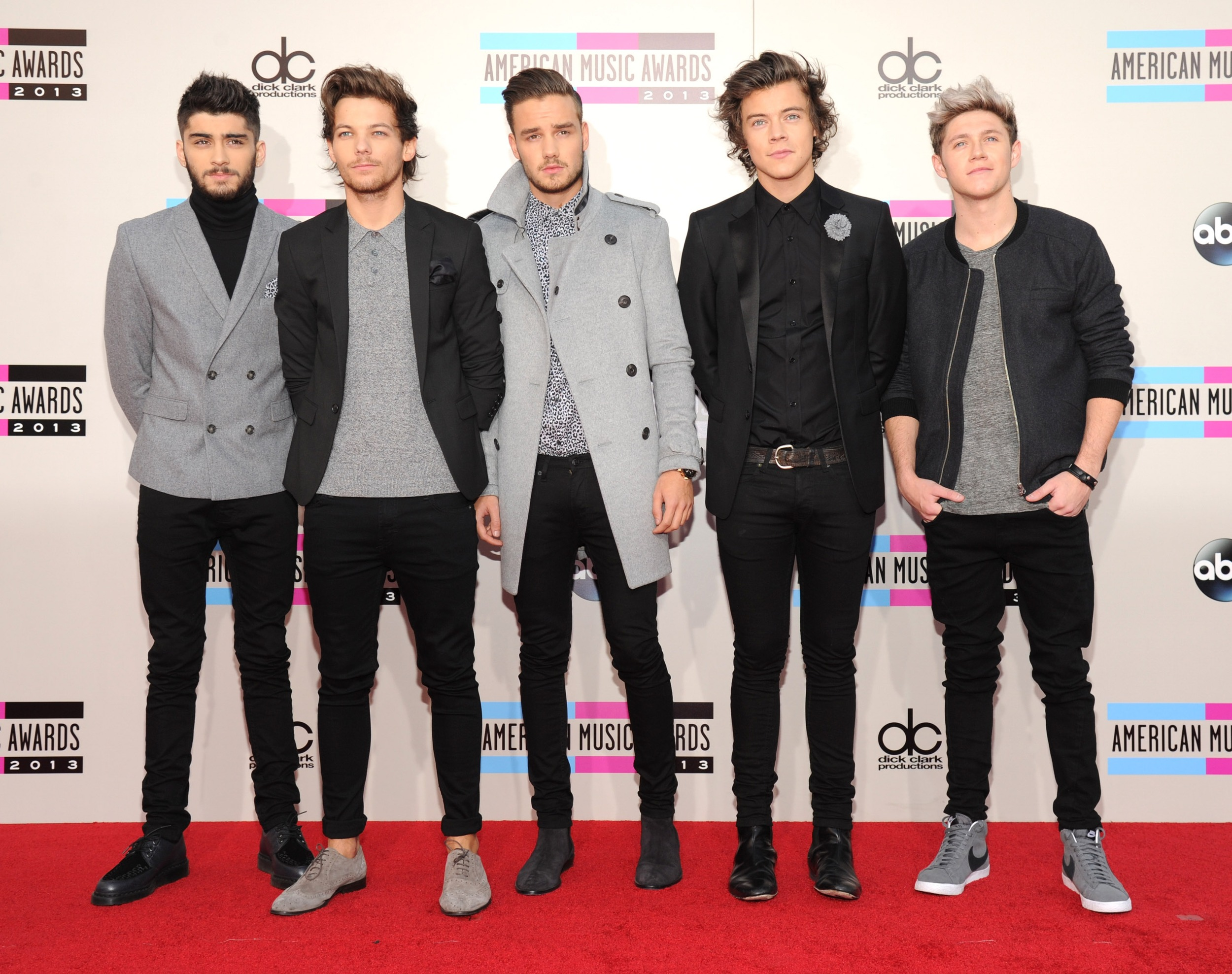one direction red carpet - photo #31