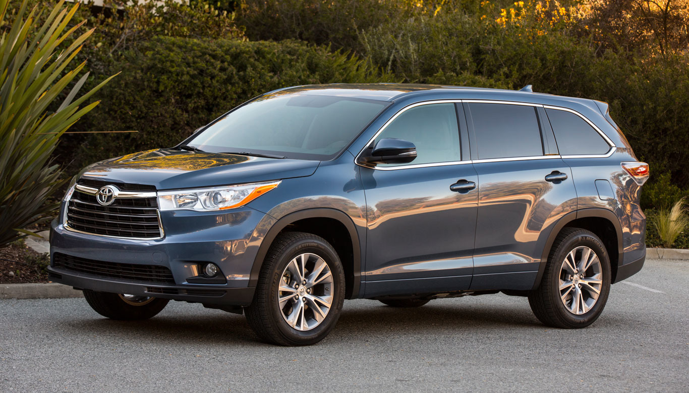 aol autos test drive 2014 toyota highlander. Black Bedroom Furniture Sets. Home Design Ideas