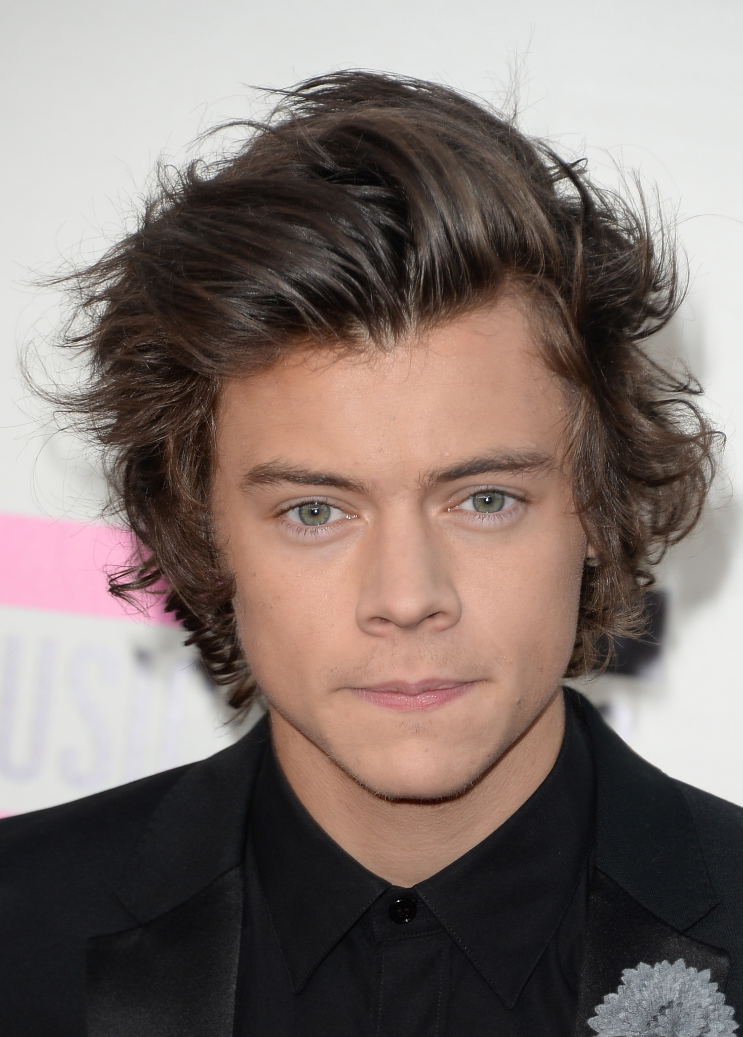 Amazing Harry Styles39 Extended L A Visit Is Harry Moving To The U S Short Hairstyles Gunalazisus