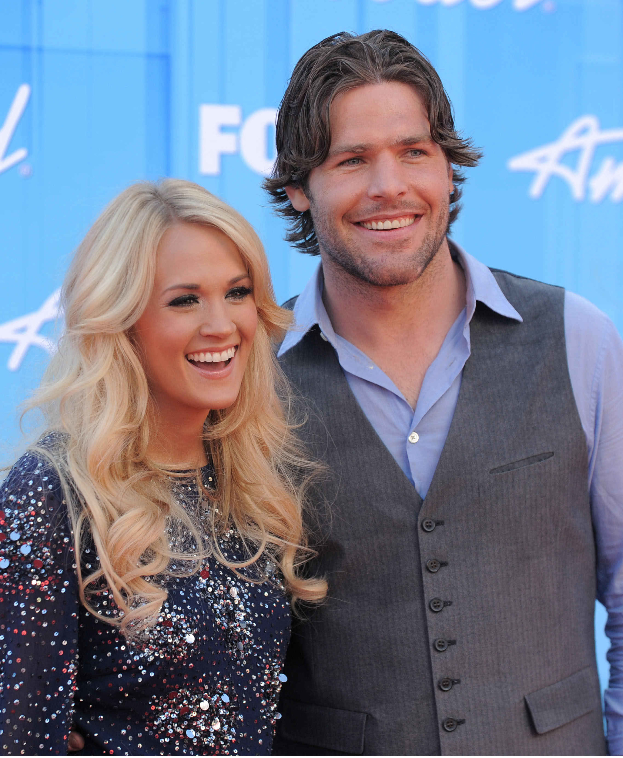 Are carrie underwood and her husband mike fisher splitting for Who is carrie underwood married too