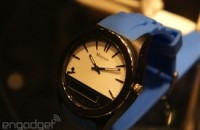 Martian Notifier watch uses custom vibration patterns to signal what app's bugging you