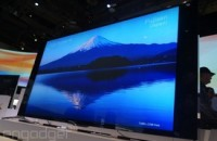 Sony's new Bravia HDTVs get a wedge-shaped redesign (update: hands-on photos)