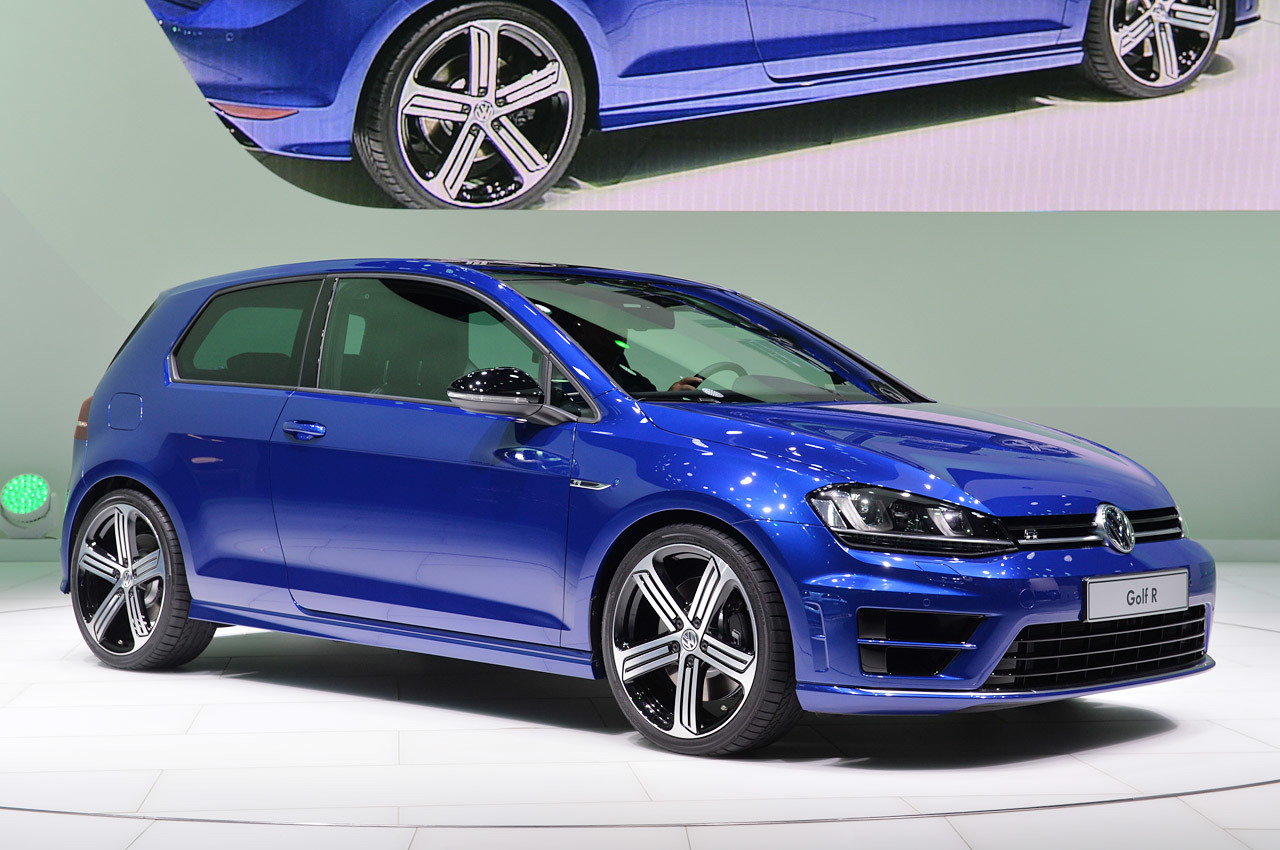 2015 volkswagen golf r detroit 2014 photo gallery autoblog. Black Bedroom Furniture Sets. Home Design Ideas