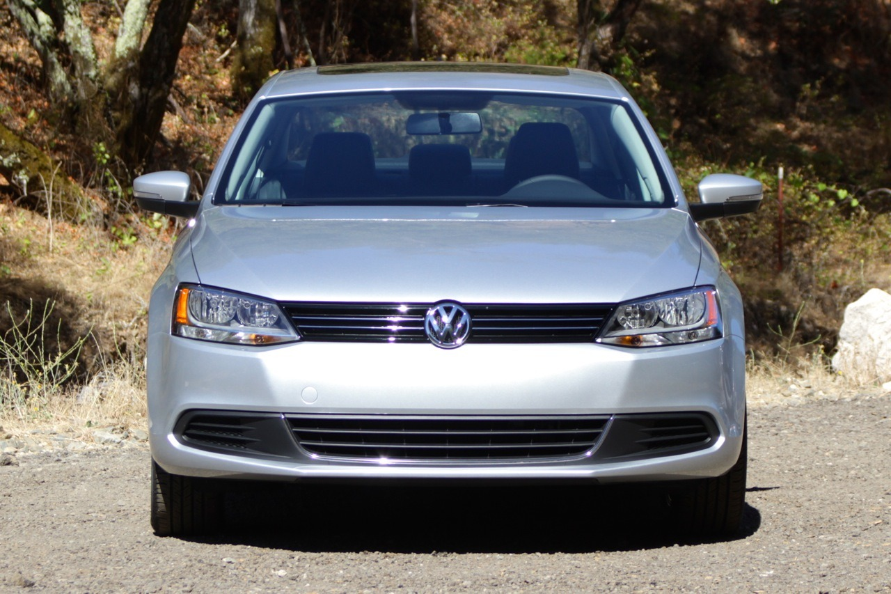 2014 volkswagen jetta se first drive photo gallery autoblog. Black Bedroom Furniture Sets. Home Design Ideas