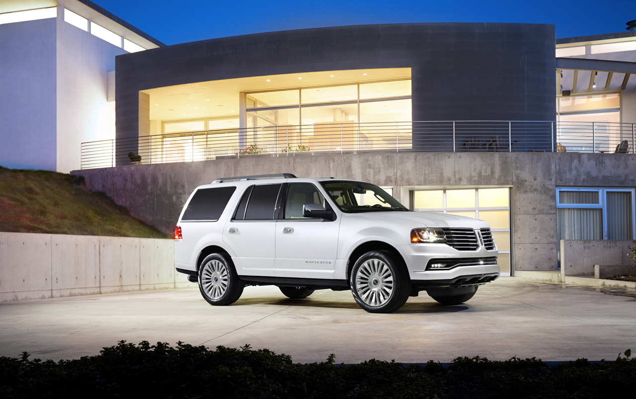2015 lincoln navigator photo gallery autoblog. Black Bedroom Furniture Sets. Home Design Ideas