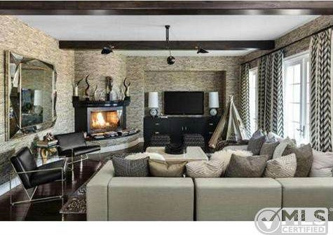Kourtney Kardashian Lists Dramatically Decorated Home