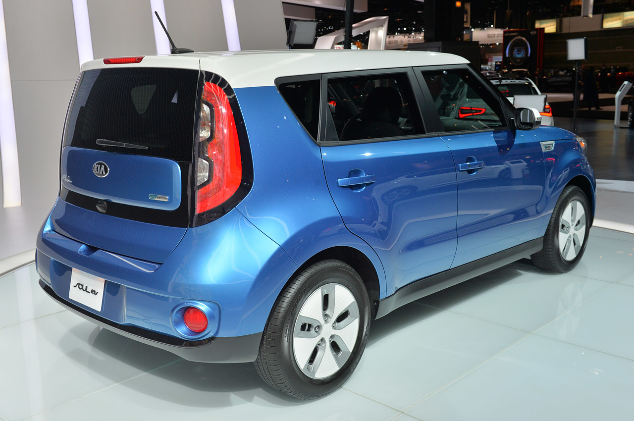 2015 kia soul ev chicago 2014 photo gallery autoblog. Black Bedroom Furniture Sets. Home Design Ideas