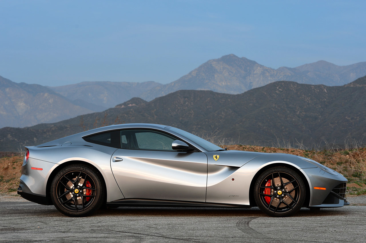 05 2014 ferrari f12 berlinetta review. Black Bedroom Furniture Sets. Home Design Ideas