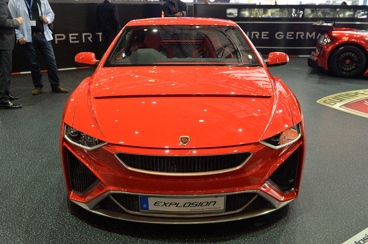 http://www.blogcdn.com/slideshows/images/slides/246/307/2/S2463072/slug/l/06-gumpert-explosion-geneva-1.jpg