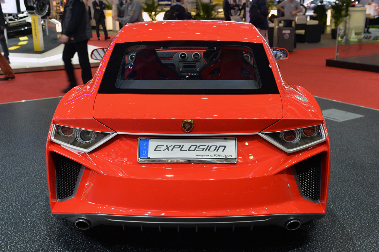 http://www.blogcdn.com/slideshows/images/slides/246/307/3/S2463073/slug/l/07-gumpert-explosion-geneva-1.jpg