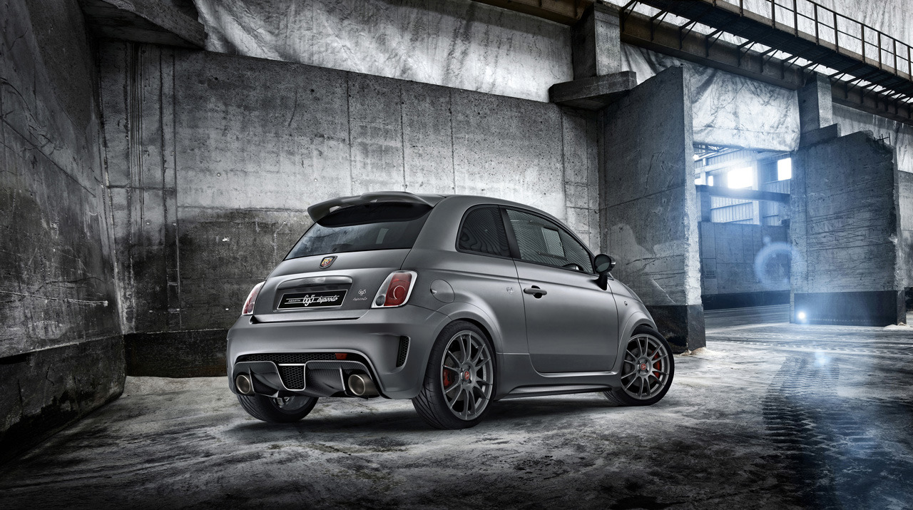 abarth 695 biposto photo gallery autoblog. Black Bedroom Furniture Sets. Home Design Ideas