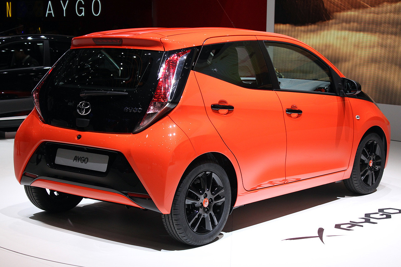 2014 toyota aygo geneva 2014 photo gallery autoblog. Black Bedroom Furniture Sets. Home Design Ideas