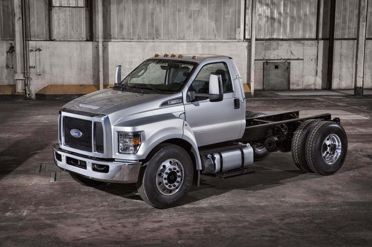 2016 ford f 650 and f 750 photo gallery autoblog. Black Bedroom Furniture Sets. Home Design Ideas