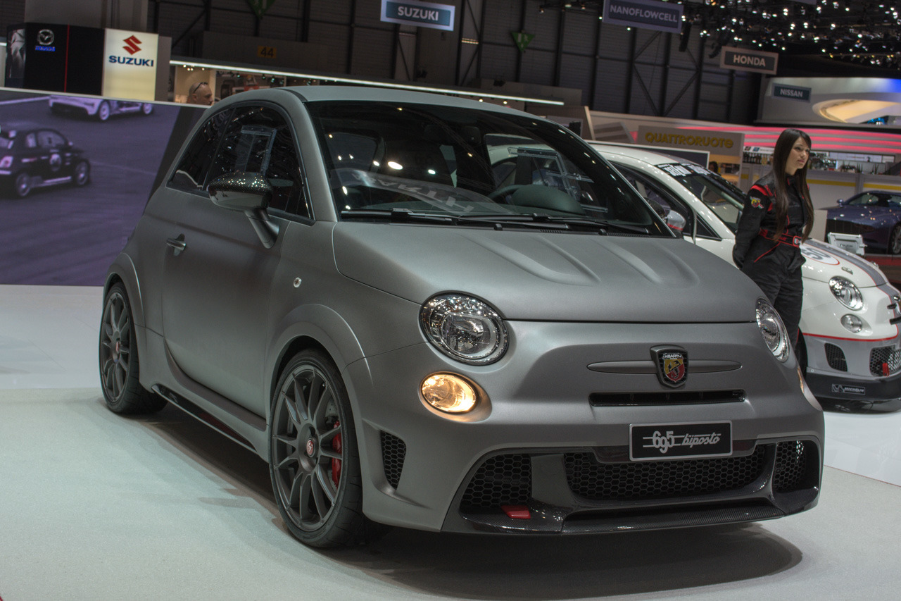 abarth 695 biposto geneva 2014 photo gallery autoblog. Black Bedroom Furniture Sets. Home Design Ideas