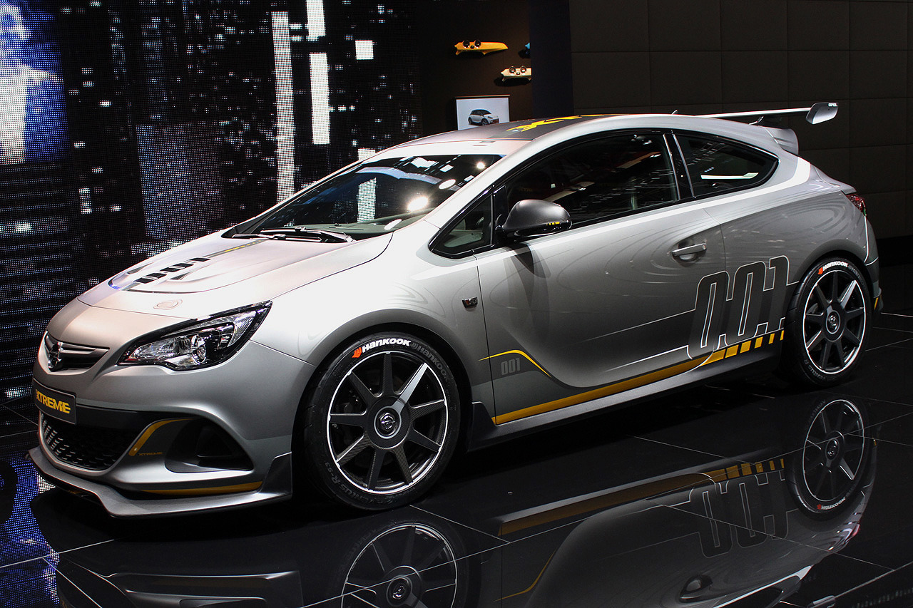 opel astra opc extreme geneva 2014 photo gallery autoblog. Black Bedroom Furniture Sets. Home Design Ideas