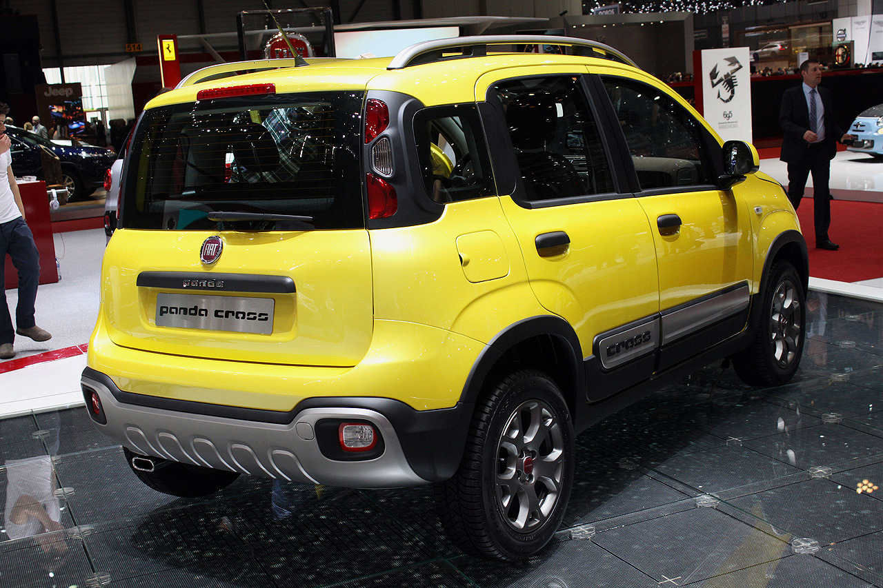 fiat panda cross geneva 2014 photo gallery autoblog. Black Bedroom Furniture Sets. Home Design Ideas