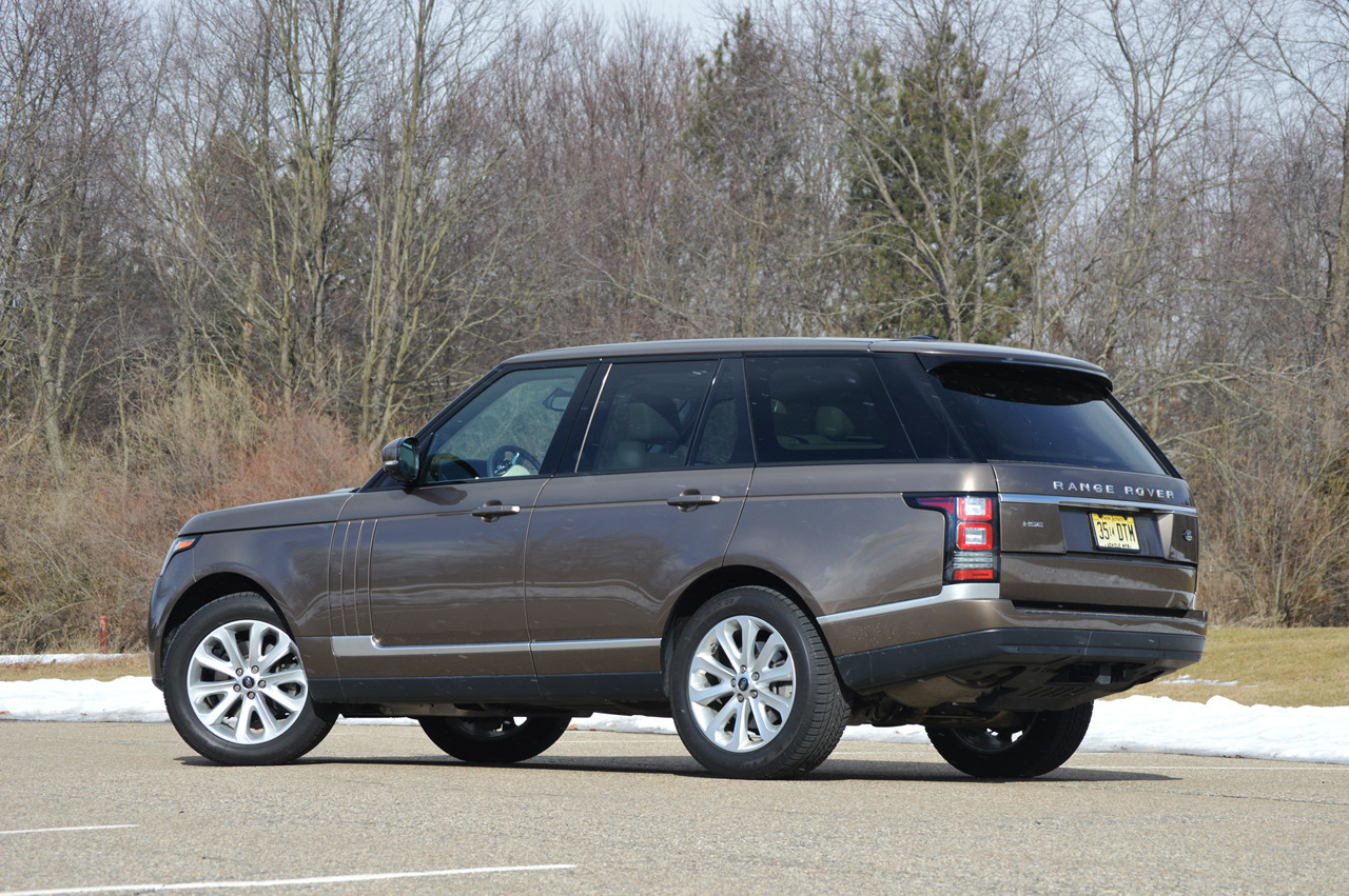 2014 land rover range rover hse quick spin photo gallery. Black Bedroom Furniture Sets. Home Design Ideas