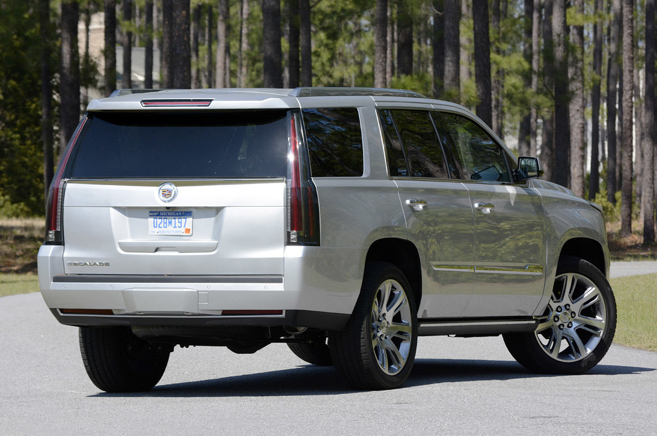 2015 cadillac escalade first drive photo gallery autoblog. Black Bedroom Furniture Sets. Home Design Ideas