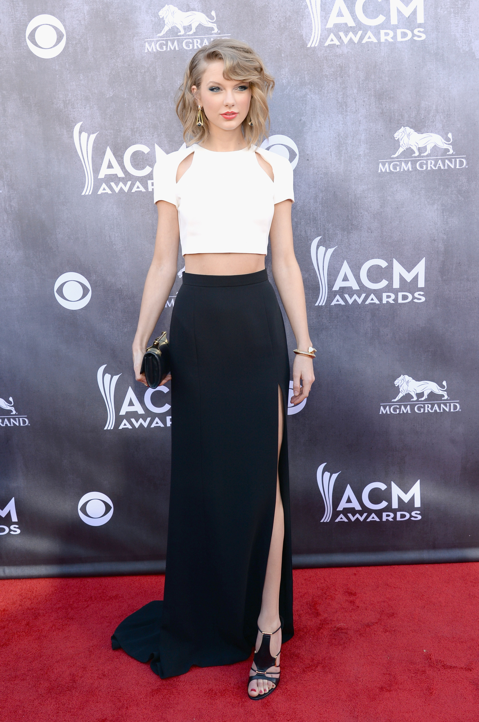 Acm awards red carpet arrivals best worst dressed for How many country music awards are there