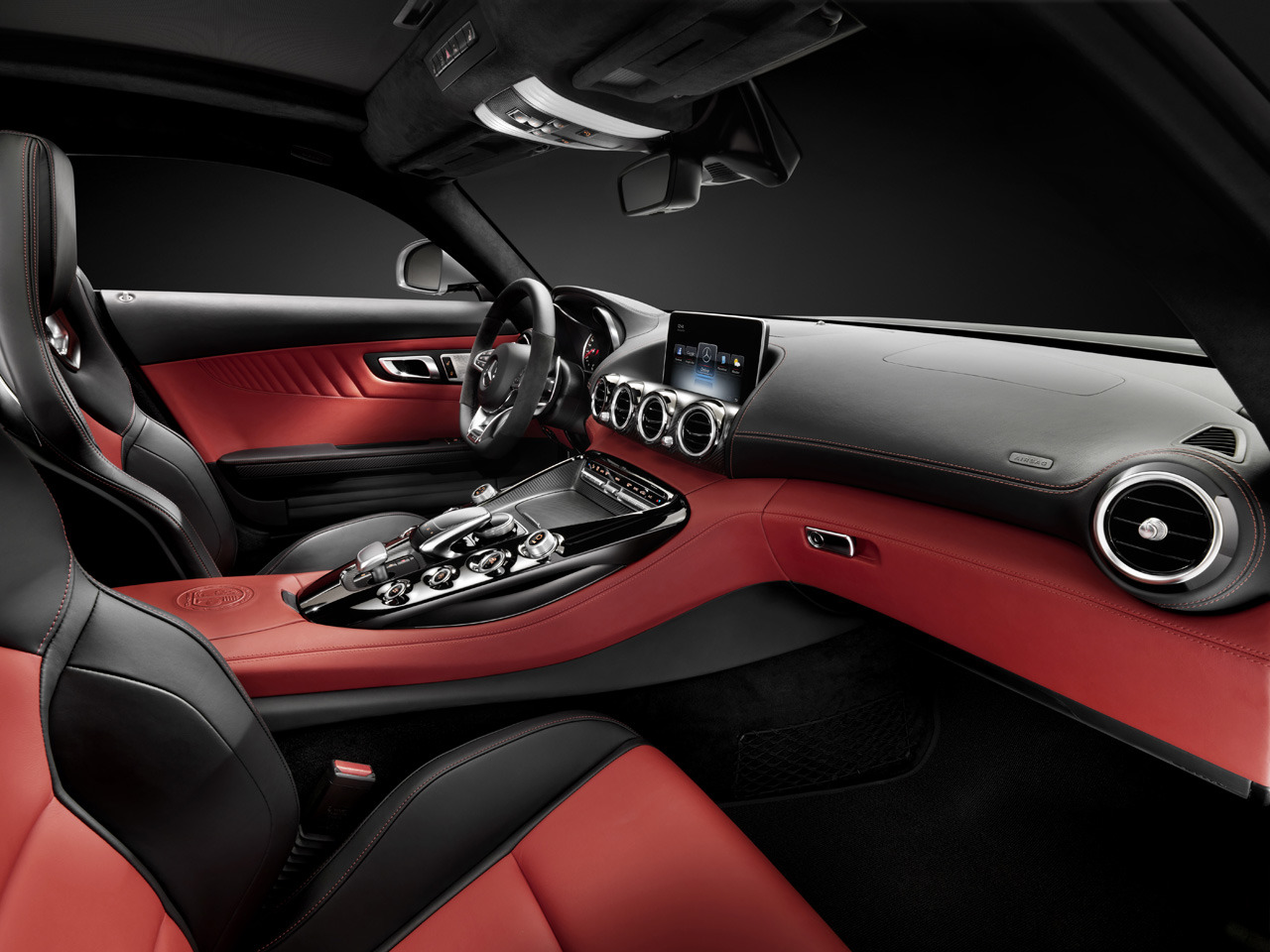 Mercedes amg gt interior photo gallery autoblog for Inside mercedes benz