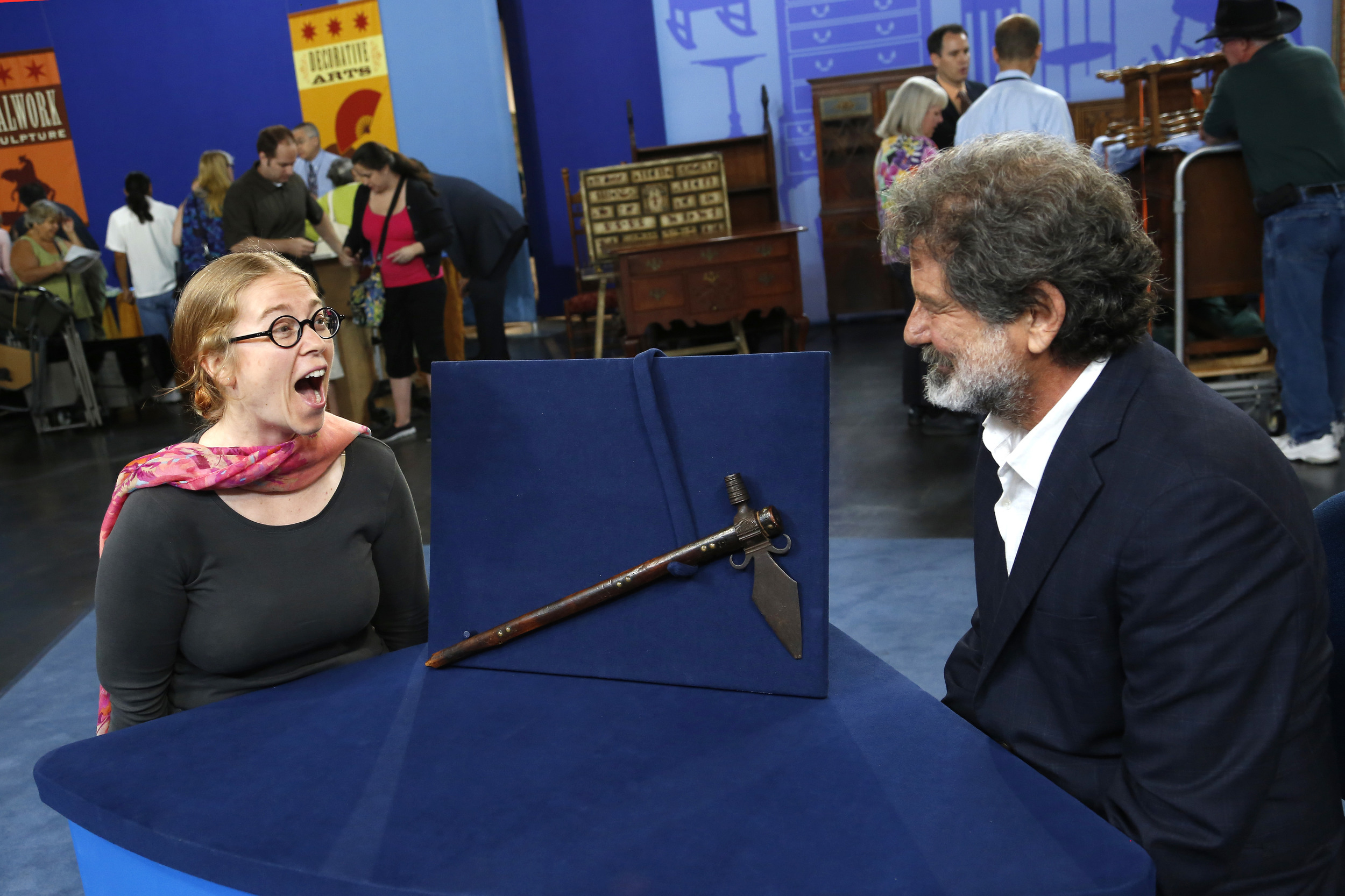 39 antiques roadshow 39 woman can 39 t believe heirloom 39 s value for What appraisers look for