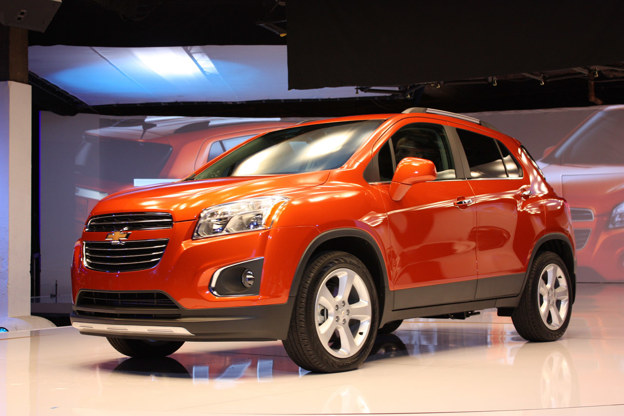 2015 chevrolet trax new york 2014 photo gallery autoblog. Black Bedroom Furniture Sets. Home Design Ideas