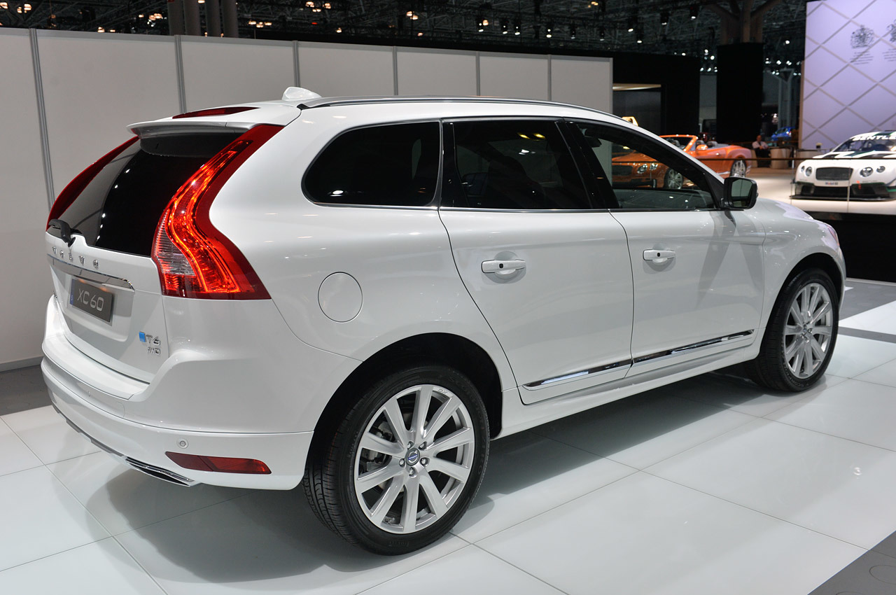 2015 volvo xc60 inscription new york 2014 photo gallery autoblog. Black Bedroom Furniture Sets. Home Design Ideas