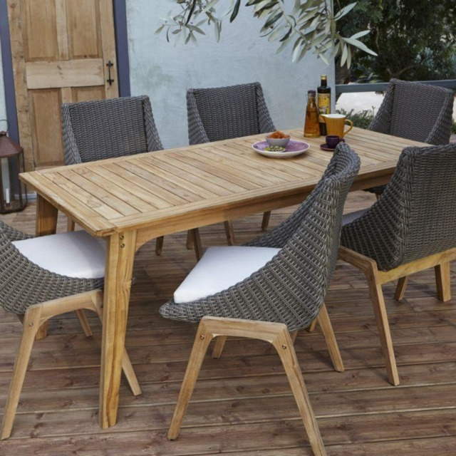 Garden Furniture: 10 Outdoor Tables And Chair Sets - MyDaily UK