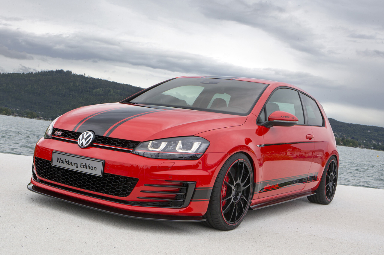 2014 volkswagen golf gti wolfsburg edition photo gallery. Black Bedroom Furniture Sets. Home Design Ideas