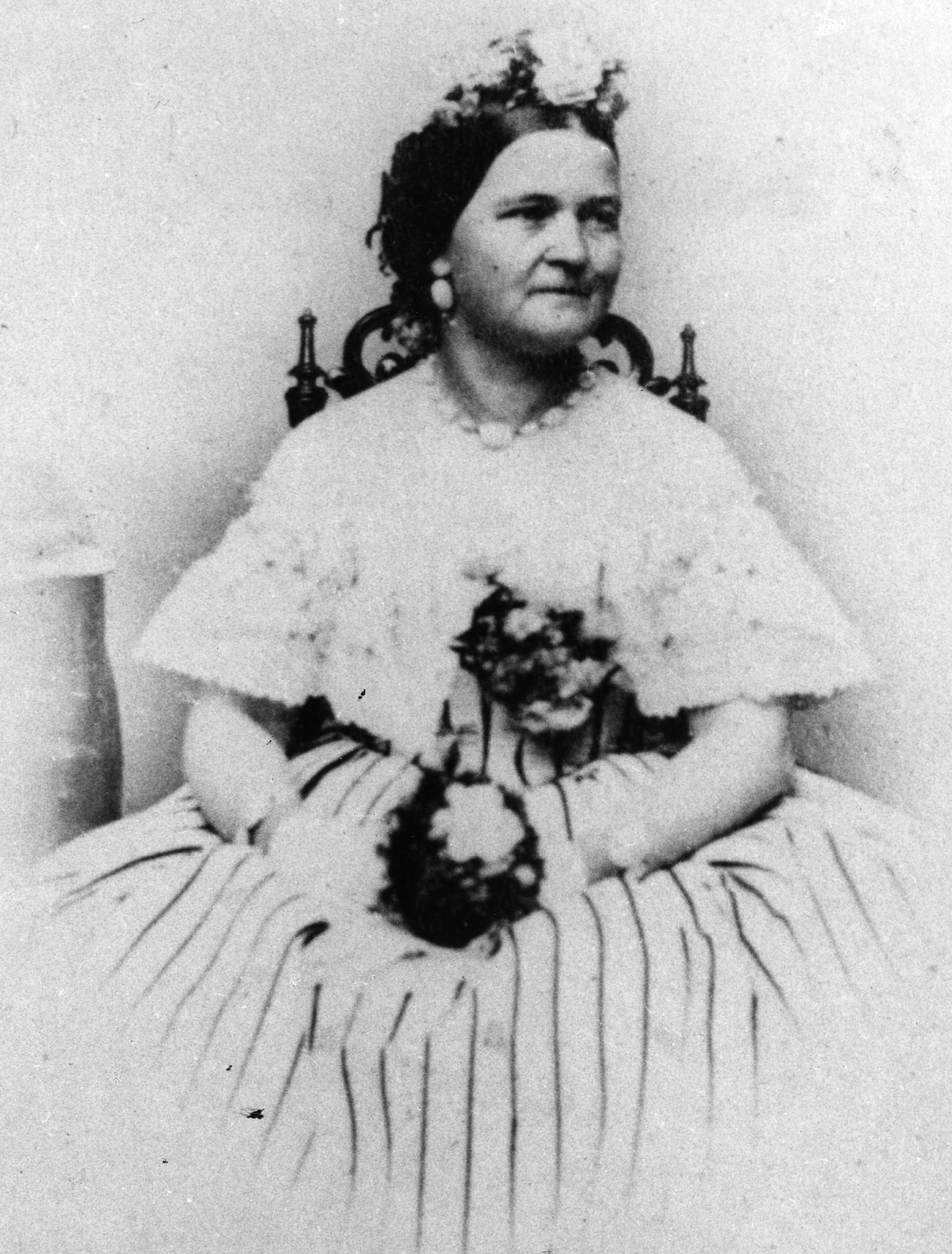 an introduction to the life of mary ann todd lincoln the wife of the 16th president of the united st Mary todd lincoln, wife of abraham lincoln mary ann todd lincoln ( december 13, 1818 - july 16, 1882) was the wife of the 16th president of the united states.