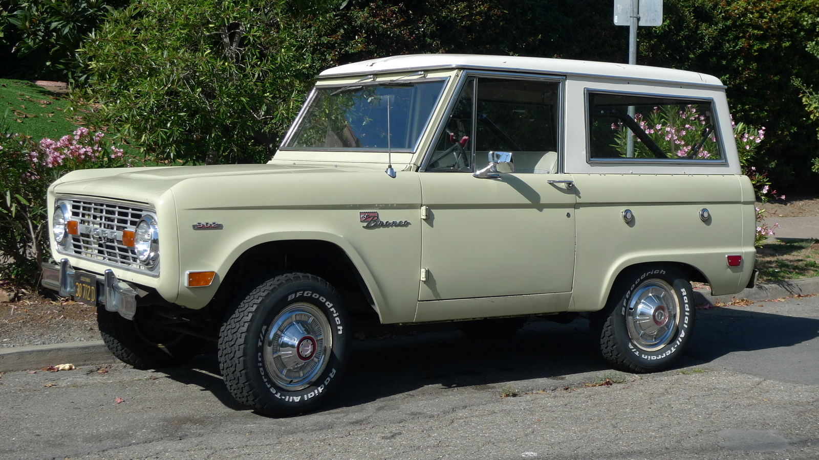 Classic Ford Broncos Gallery Autoblog