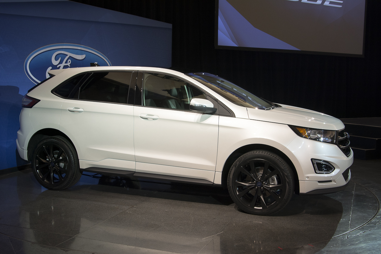2015 ford edge sport live photos photo gallery autoblog. Black Bedroom Furniture Sets. Home Design Ideas