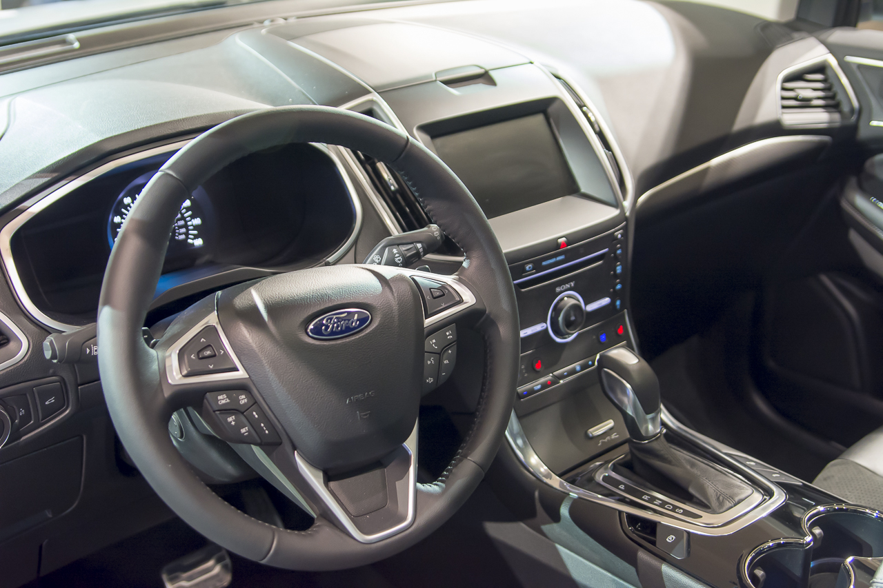 2015 - [Ford] Edge II - Page 2 2015-ford-edge-sport-10-1