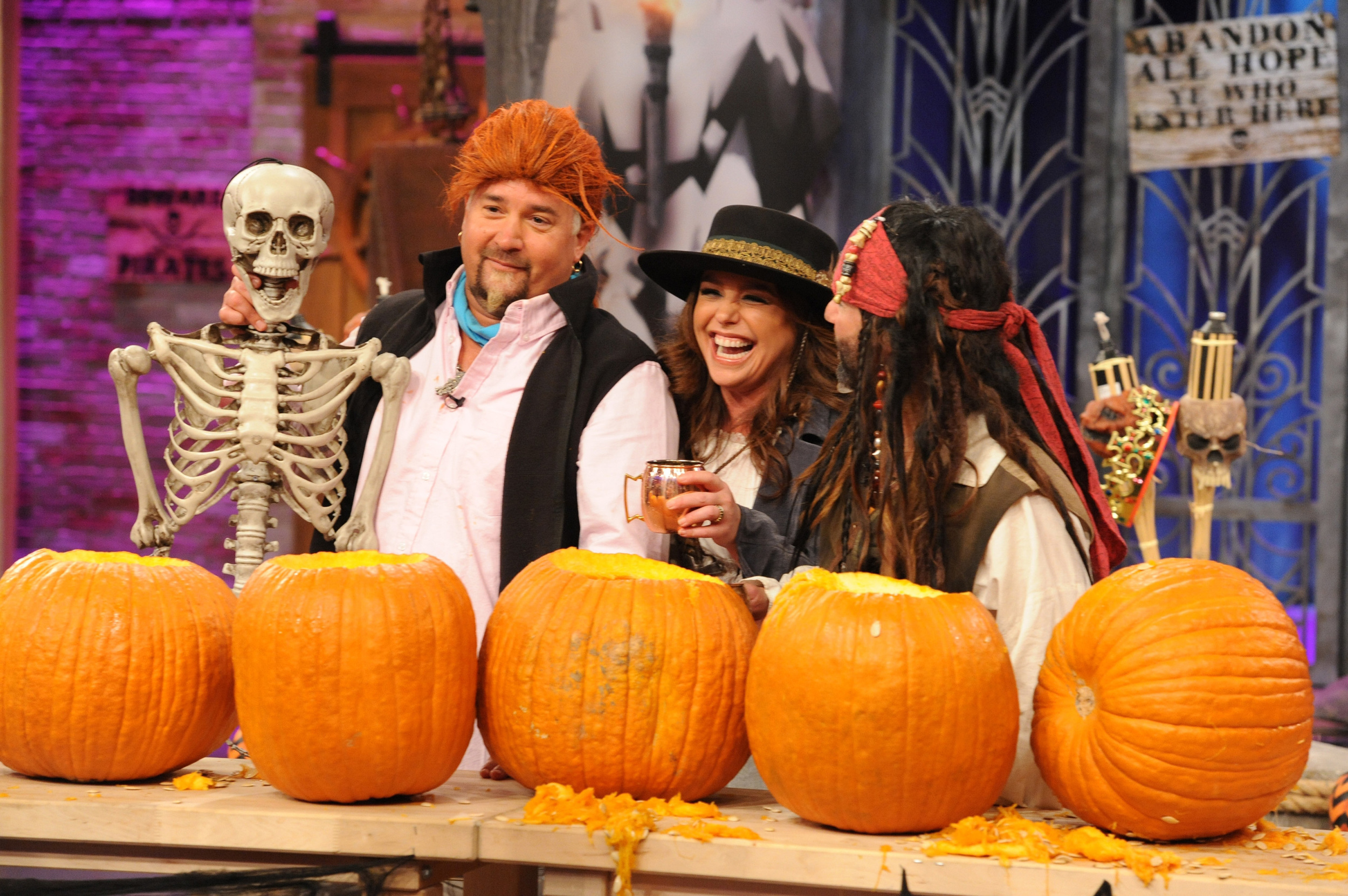 Rachael Ray's Pirate-themed Halloween Show