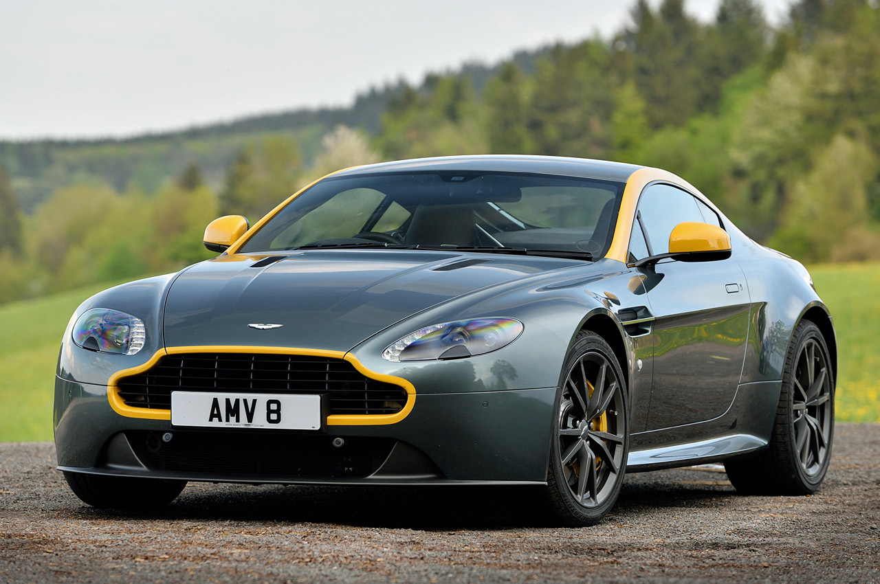 2015 aston martin v8 vantage gt first drive photo gallery autoblog. Black Bedroom Furniture Sets. Home Design Ideas