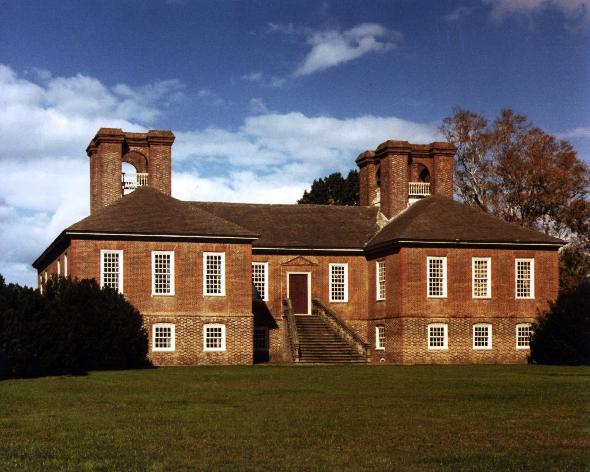 12 3m gift to help restore robert e lee 39 s home for Lee homes