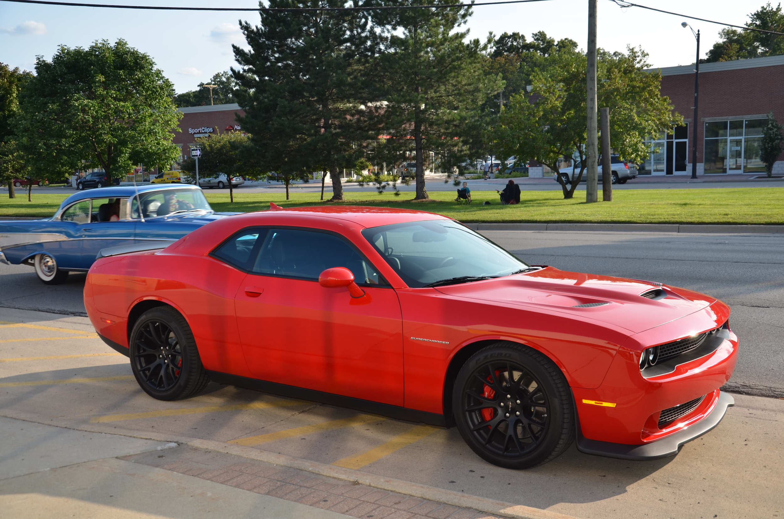 2015 dodge challenger srt hellcat photo gallery autoblog. Black Bedroom Furniture Sets. Home Design Ideas