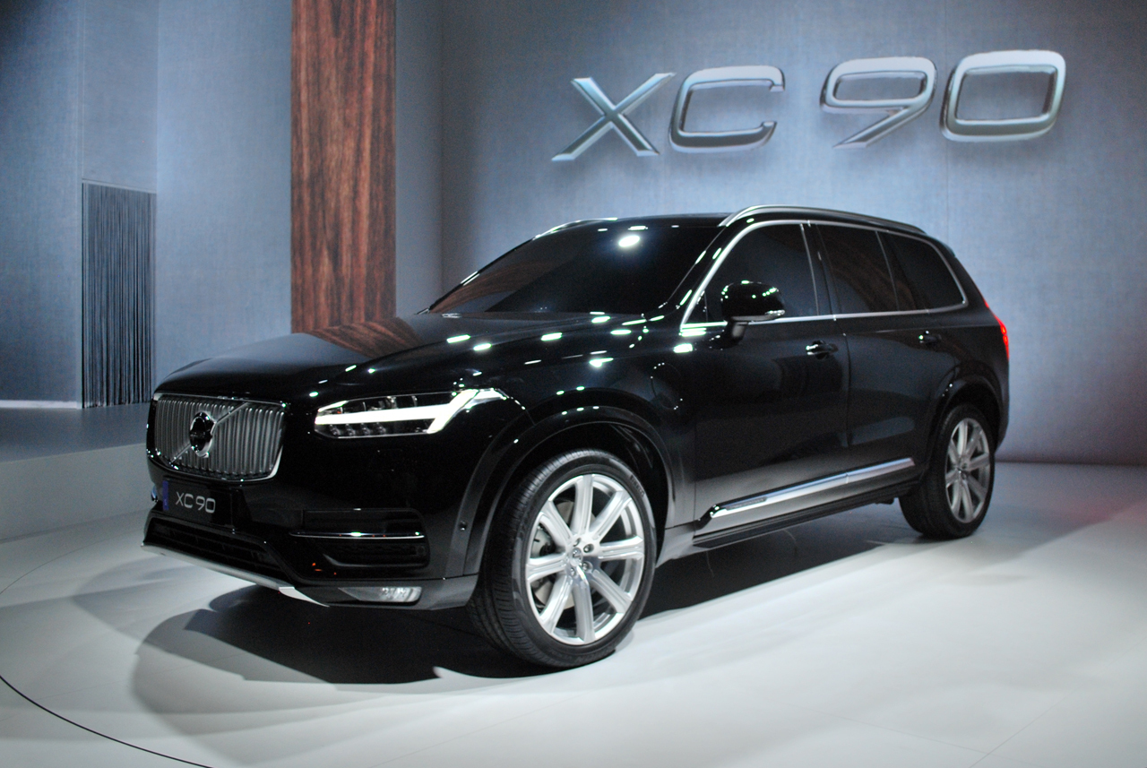 2015 volvo xc90 live black 03. Black Bedroom Furniture Sets. Home Design Ideas
