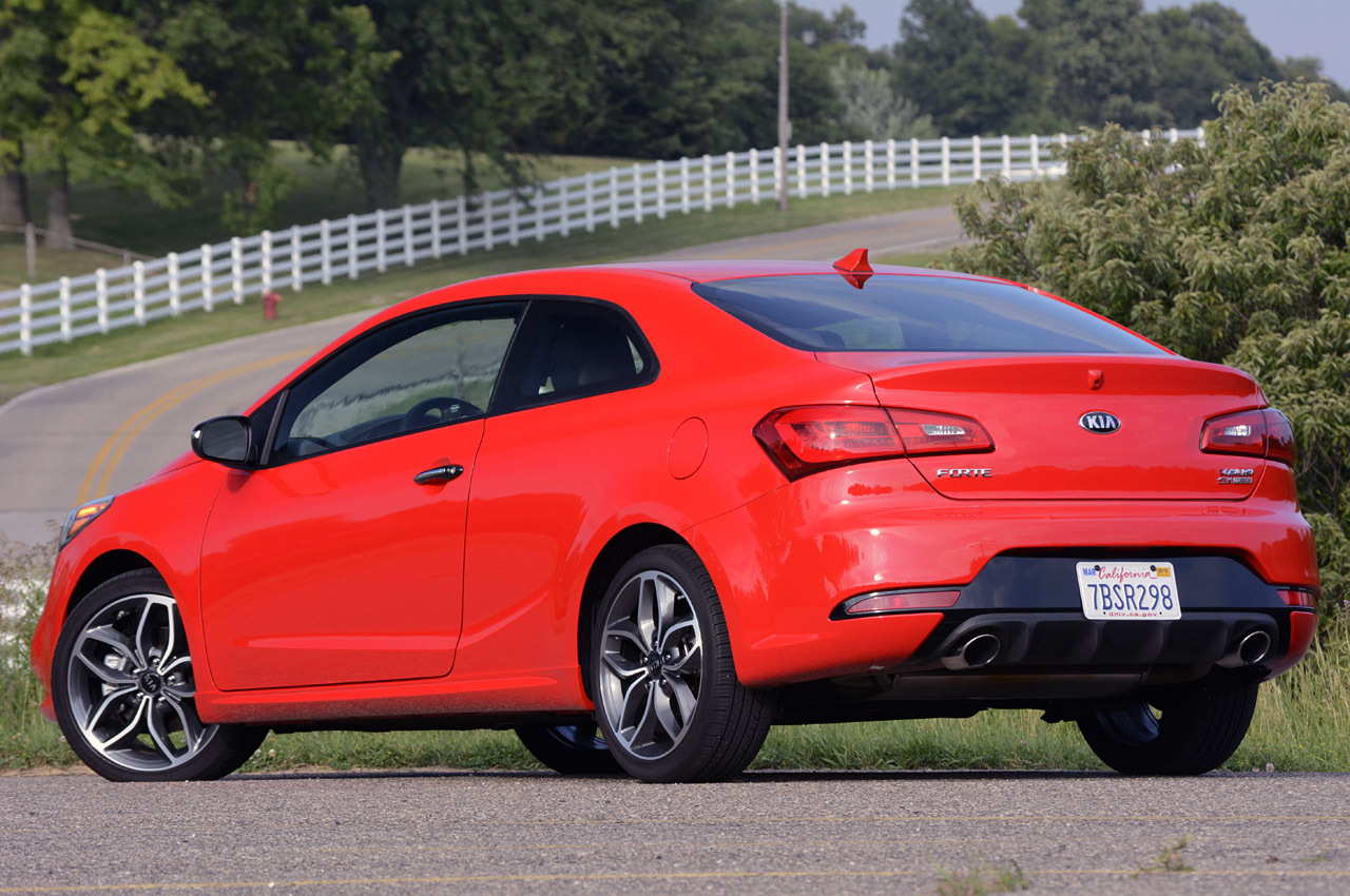 2014 kia forte koup sx review photo gallery autoblog. Black Bedroom Furniture Sets. Home Design Ideas