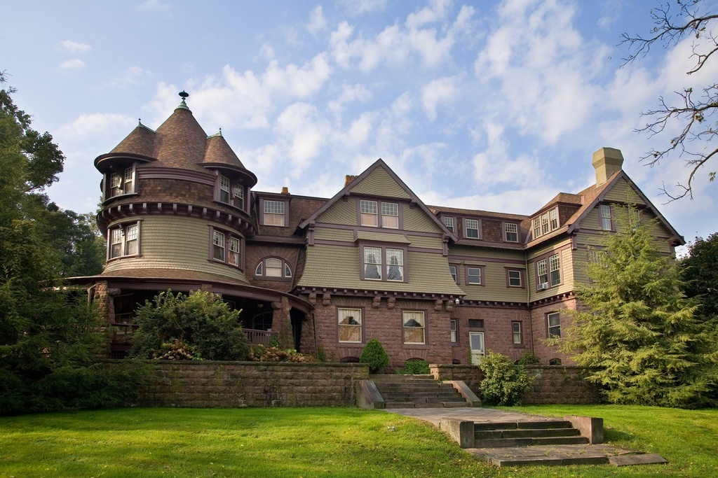 gilded age mansions on sale across america 39 s rust belt