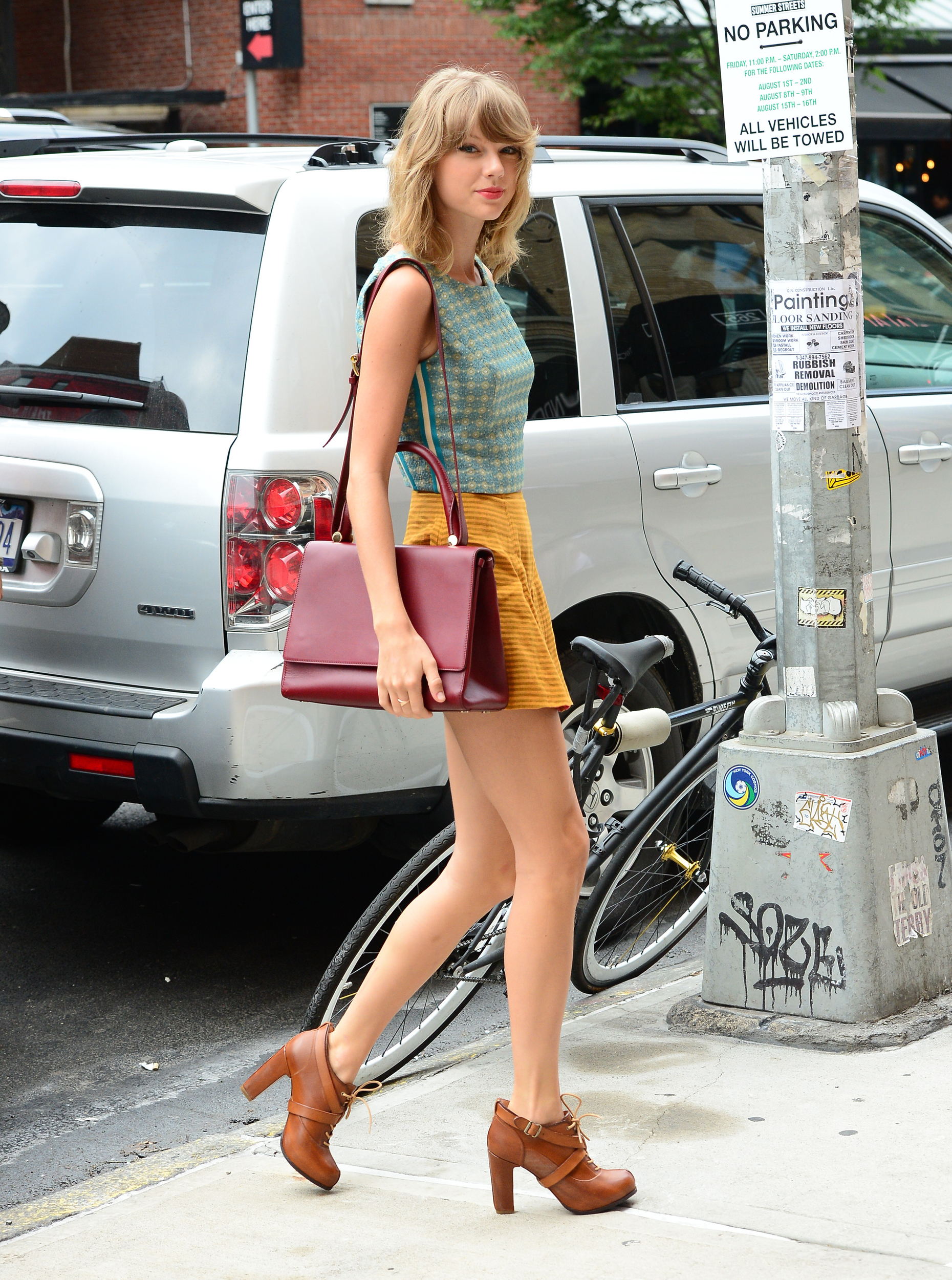 Taylor Swift 39 S Street Style Evolution