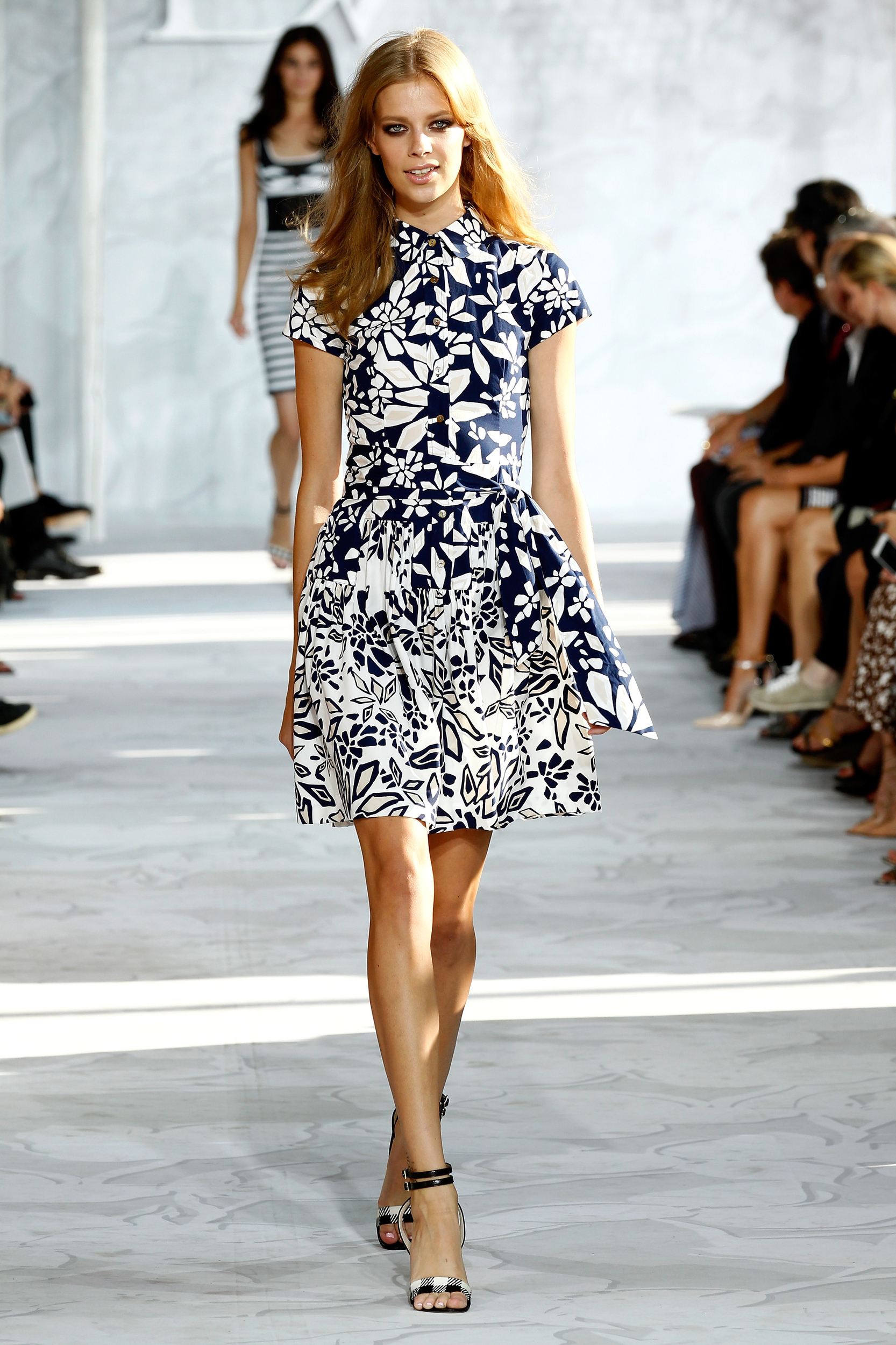 http://www.blogcdn.com/slideshows/images/slides/291/153/5/S2911535/slug/l/diane-von-furstenberg-runway-mercedes-benz-fashion-week-spri-1.jpg